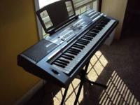 AS NEW YAMAHA DGX-203 PORTABLE GRAND PIANO USED A FEW