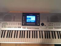 Yamaha PSR-S710 61-KEY keyboard ARRANGER WORKSTATION - for Sale in