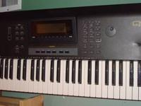 Yamaha QS300 Music Production Synthesizer Yamaha QS300
