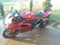 YZF-R1 for sale in great condtion with super low
