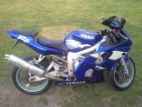Up for sale is my 1999 yamaha r6 with clean (blue