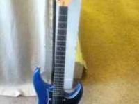 I'm selling a 1992 yamaha RGZ112P with a Seymour Duncan