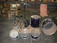 Selling a Yamaha Rydeen 5 piece drum set with Hi-hat