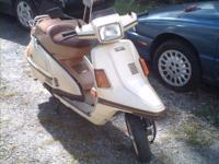 This is a terrific running Yamaha Scooter. It has a 4