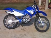 Yamaha ttr 225 great condition hardly used has 6 speed