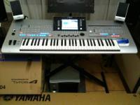 Type: Pianos Type: Yamaha Yamaha Tyros 5 61 Key