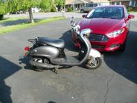 2009 Yahama Vino 125 scooter, dark grey, 4500 miles ,
