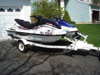 Yamaha 1999 XLT1200 3 seater WaveRunner and 1998 Yahama