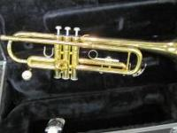 Yamaha YTR-2335 brass trumpet. Serial number 465201A.