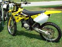 2004 YZ 125 in Perfict Condition. This bike need