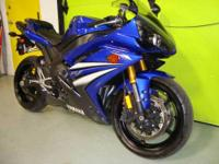 Immaculate Yamaha YZF-R1. Owner has switched to a