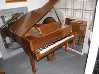 YAMAHA BABY GRAND, MODEL G0, 4?7? This is the smallest