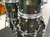 This listing is for a Yamaha Maple Custom 6pc drum kit