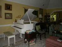 Yamaha Semi Concert Grand This Piano I just love but I