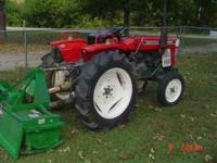 YANMAR 2000 24 HP DIESEL TRACTOR AND EQUIP.....4 FT
