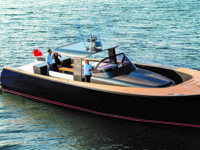 YAPA is a lightly used Alen Yacht 55 with only 70 hours