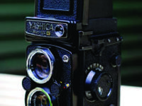 YASHICA MAT-124 G CAMERA & CASE THANKS  Location: