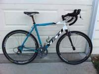 Selling a Yeti ARC-X cyclocross bike. It is a large --