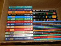 Collection of 25 Young Jedi Star War paperback books.