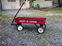 Radio Flyer Red wagon 1 large wagon great for pulling