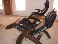Zero-Gravity Recliner / Chair - Black Ultra Leather