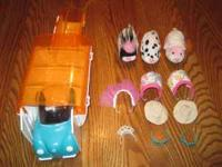Zhu Zhu Hamsters set. 3 Hamsters, 3 outfits ( two the