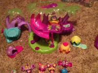 Lot of Zoobles! Great Condition. Daughter has grown out
